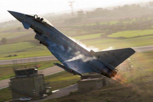 Катар закупит у Англии 24 истребителя Typhoon
